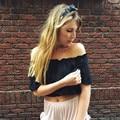 Сексуальная с плеча белый короткие блузка рубашка Лето 2017 оборками девушки Случайные Свободные блузки Женские топы, пляж повседневный blusas