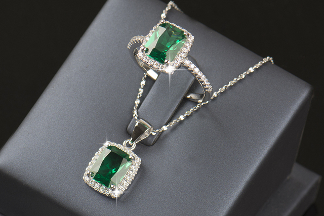 Natural Emerald Ring/Pendant set 925 Silver