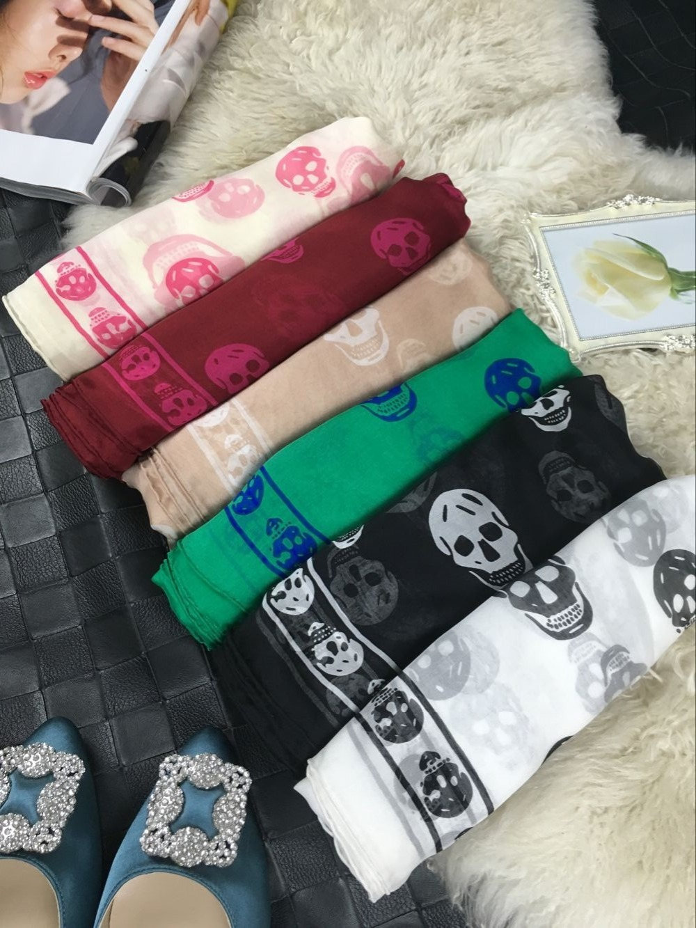 Skull head Women Twill Silk Square Scarf Scarves Luxury Brand Handmade Hemming Headwear Shawl Wrap Gift