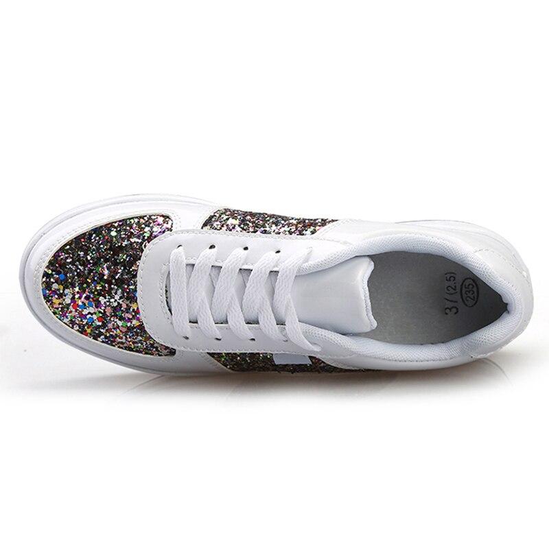 De Baskets Occasionnels attaché Strass forme Croix Marque Chaussures Or blanc Cristal Lady Femmes Blanches Mode Plate Automne Femme argent 354RAjL