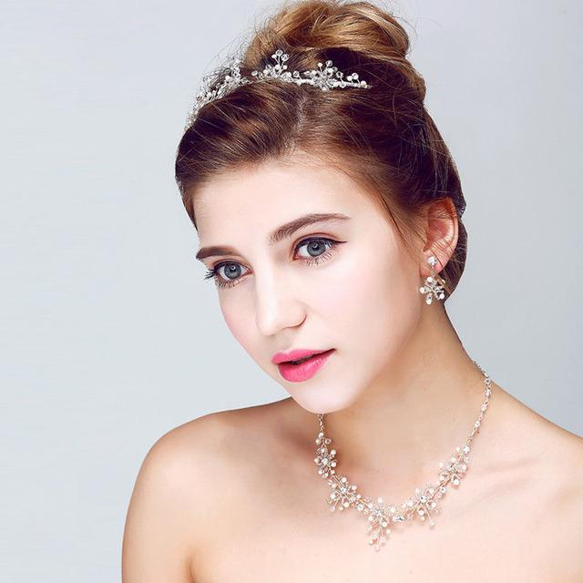 Hot impresionante Silver Clear aleación de la hoja cristalina joyería de la boda 3 unidades conjunto nupcial collar pendiente Tiara SL-HN0009