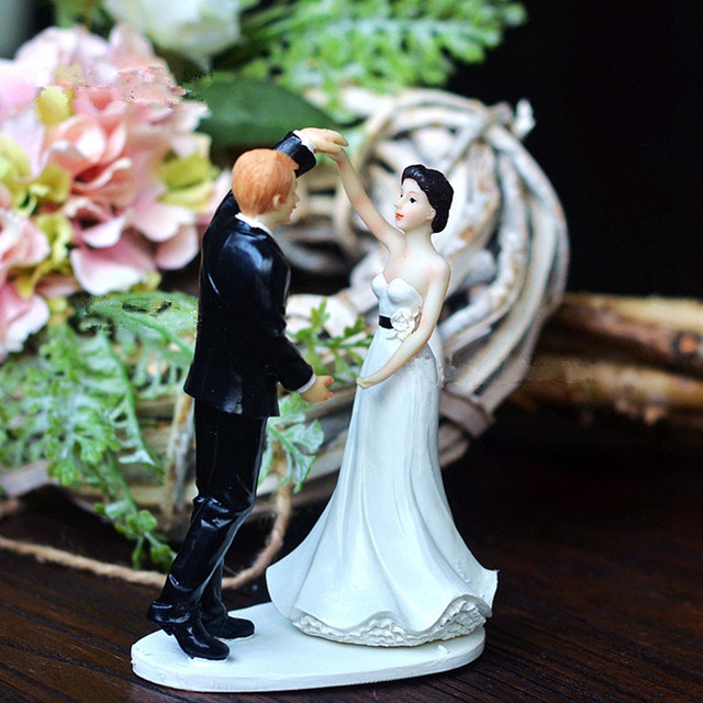dancing wedding cake topper quot amp groom in the wedding cake toppers 13329