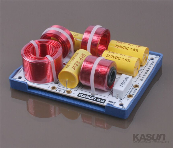 1pcs 3 way HIFI series audio frequency divider crossover AS-63C speaker frequency woofertweeter for HIFI amplifier 180W