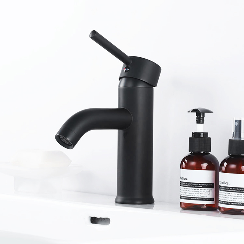 Matte Black Brass Basin Faucet Bathroom Sink Cold And Hot Water Mixer Tap Bath Tap Single Hole Single Handle Deck Mounted