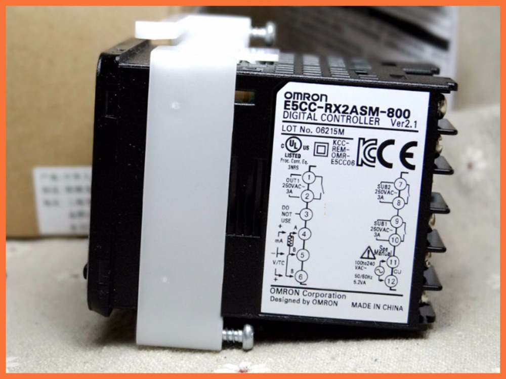 E5CCRX2ASM800 E5CC NEW&ORIGINAL thermostat temperature controller relay output control device E5CC RX2ASM 800
