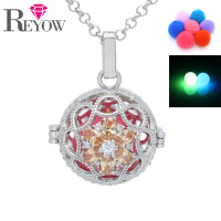 Glow Beads Zircon Crystal Flower Hollow Locket Pendant Aromatherapy Essential Oil Diffuser Necklace