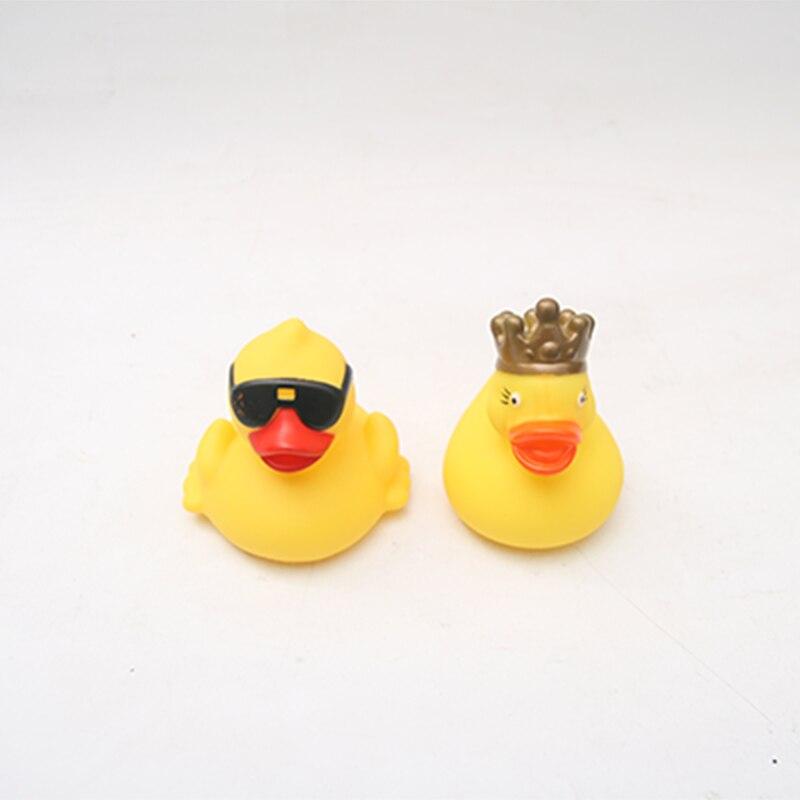 2pc/lot Duck Dabbling Water Bath Toy Cartoon Children's Bathing Supplies Baby Bath Toys