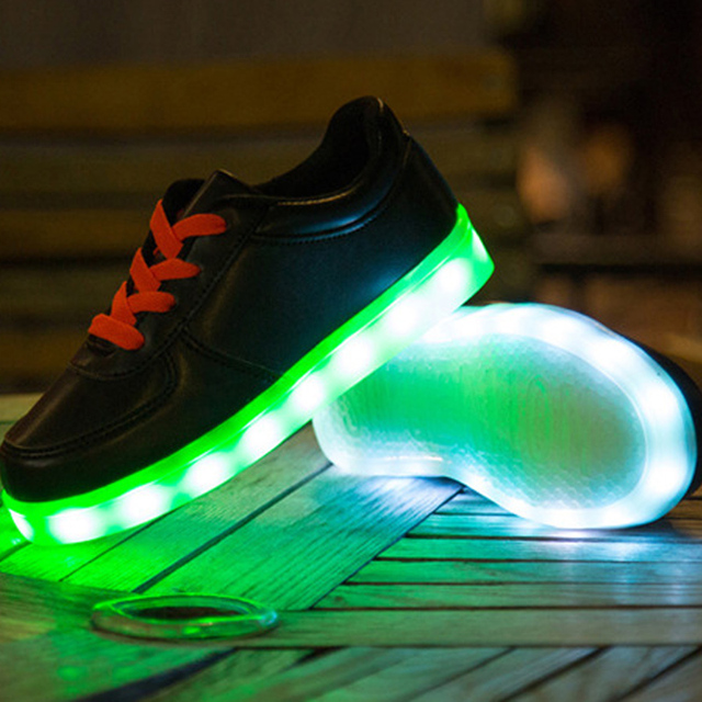 e27342f6b0179 New Fashion Casual Lace-Up Yeezy Shoe White Black USB Charging Led Kids  Running Shoes With Light Up Boys Girls Luminous Sneakers