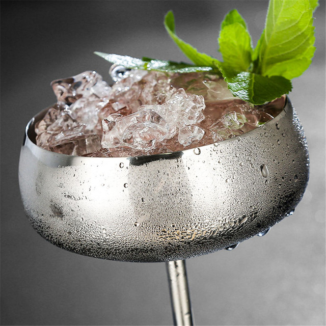 Luxurious Stainless Steel Cup for Cocktails