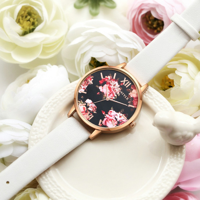 High Quality Fashion Leather Strap Rose Gold Women Watch Casual Love Heart Quartz Wrist Watch Women Dress Ladies Luxury Watches 1