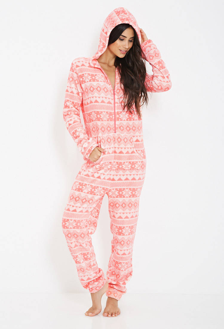 Make winter warmer with cozy, finely made Women's nightgowns, Women's pajamas and Women's pajama sets from 0549sahibi.tk We make them with remarkably soft brushed flannels and cozy lightweight fleece that keep their great looks, wash after wash.