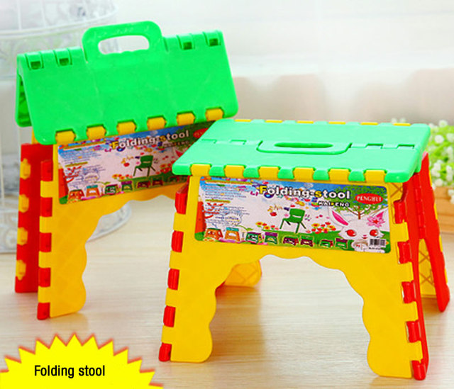 Plastic Foldable Step Stool Chair Camping Fishing Kids Children Folding Seat  Collapsible Step Stool Random Color