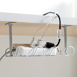 Клейкая подвесная корзина розетка для хранения держатель штепсельной вилки стол нижний силовой кабель полка сильные бытовые принадлежности органайзер для провода