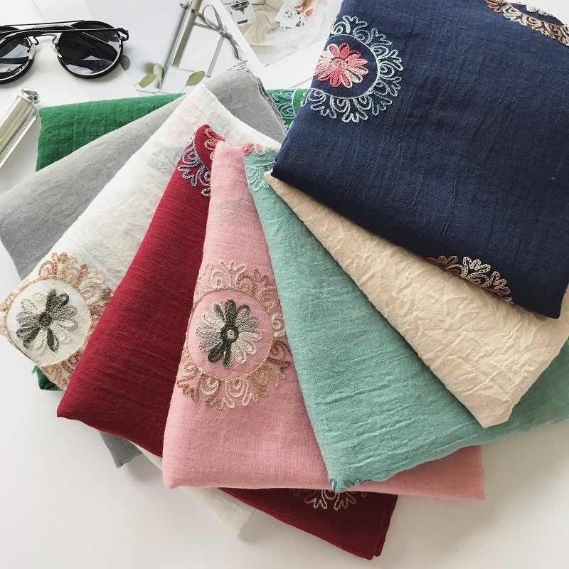 8 Colori Tinta Unita Ricamato Viscosa Sciarpa Dello Scialle Estate Viaggio Vacanza Al Mare Protezione Solare Sciarpe Wrap Foulard Hijab Musulmano Sjaal
