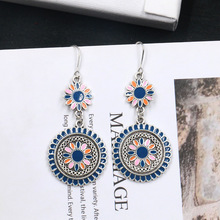 цена Women Vintage Ethnic Flower Oil Drop Dangle Hanging Earrings Fashion Lovely Ear Ornaments Jewelry Earrings for Women