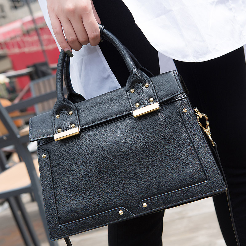 KZNI Genuine Leather Women Leather Handbags Rivet Crossbody Bag Cross Shoulder Bags Female Bolsa Feminina Pochette 1421-1422 kzni real leather tote bag high quality women leather handbags top handle bags purses and handbags bolsa feminina pochette 9057