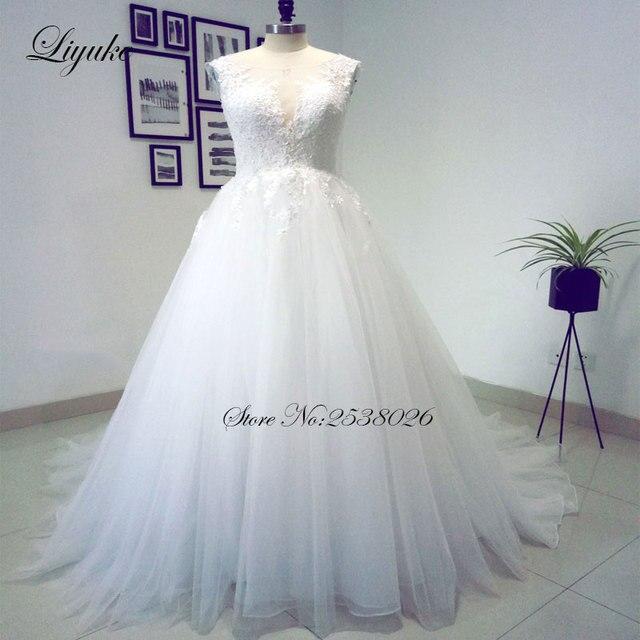 Elegancki Głębokie V Dekolt Plus Size Line Suknia ślubna Sąd Pociąg