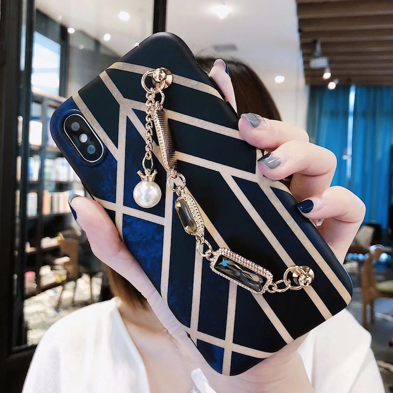 For iphone 6 6s 7 8 plus X Fashion Classical Cool Geometry diamond pearl bracelet chain soft silicone phone case cover
