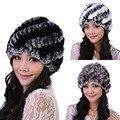 Sombreros de las mujeres Genuine Rabbit Fur Rex Punto Sombreros Para Las Mujeres Cap Gorro Gorros de Piel De Conejo de La Raya de Las Mujeres Beanie Sombreros Sombreros De Piel Natural