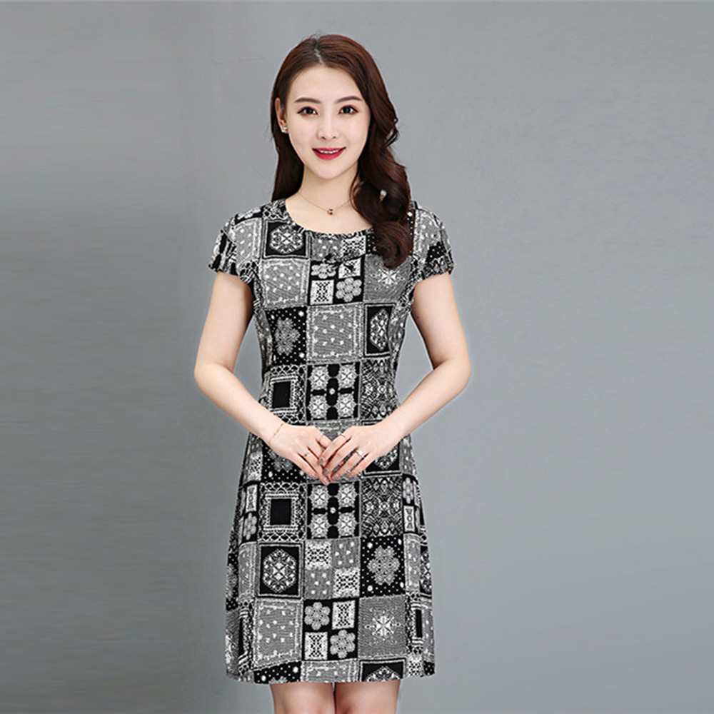 2019 Summer new middle aged women dress floral printing plus size 5XL mother dress O neck Loose Short sleeves Mid-length dress image
