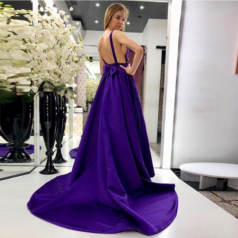 Violet Purple A-line   Prom     Dresses   V-neck Sleeveless 2019 New Formal Party Gowns Long Chapel Train Satin Evening Gowns Backless