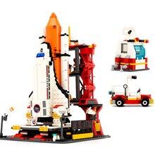 лучшая цена 679Pcs Spaceport Space The Shuttle Launch Center Bricks Militarys Model Building Kit Block Educational Toys For Children