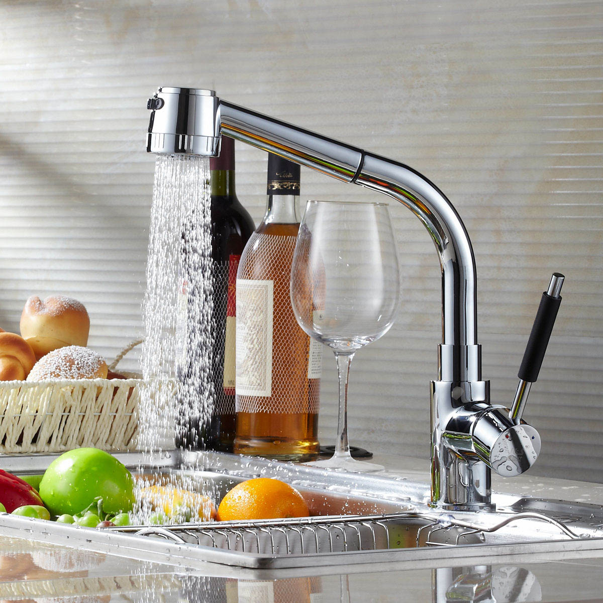 Free Shipping Brand New Single Lever And Single Hole Installation Chrome Brass Pull Out Kitchen Mixer