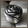 Rose Princess Jewelry Box Metal Retro European Ring Box Display Rings Holder Metal Trinket Box