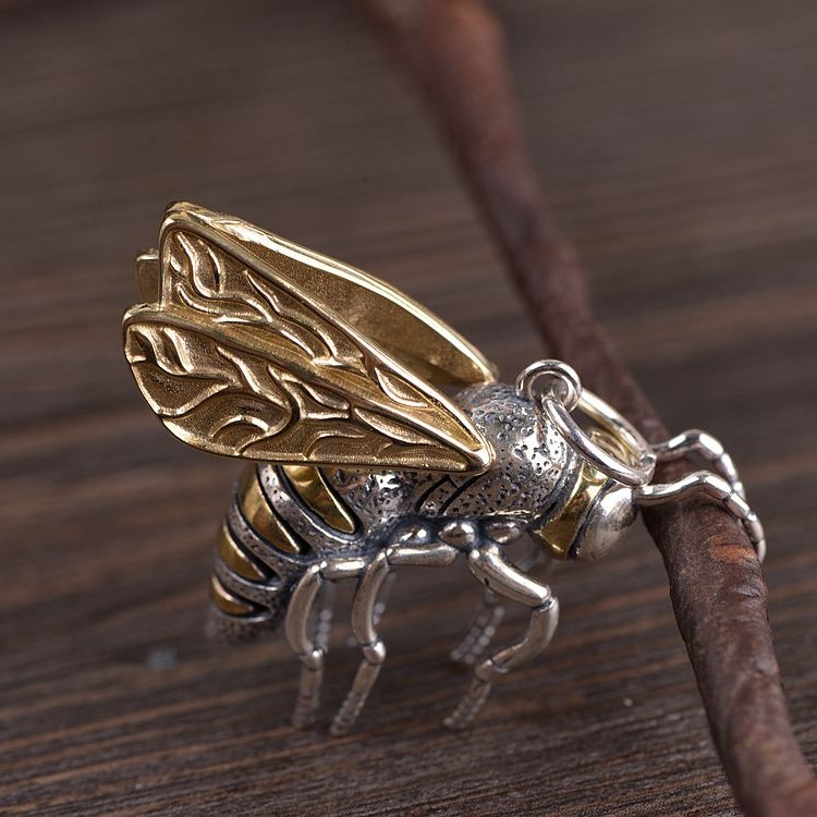Thai silver insects bumblebee pendant copper silver male money combined with the new productThai silver insects bumblebee pendant copper silver male money combined with the new product