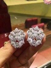 Aslan kafası düğme küpe 925 ayar gümüş kübik zirkon ile güzel kadınlar takı açacağı taş