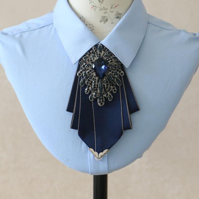 Nuevo Envío Libre hombres de la moda de Diamantes mujer uniformes de gala del novio Padrinos de boda pajarita Coreana de los hombres Británicos