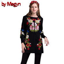Designer Brand Fashion 2017 Women Autumn Winter Slim Flower Embroidery Long Coat Trench Vintage 3/4 Sleeve Trench DG159