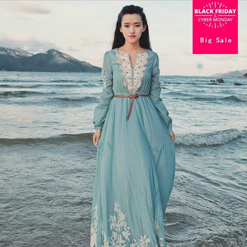 1bc7f23ad21 2019 Весна Лето Новое поступление небесно-голубой цвет вязаный Винтажный  стиль v-образный вырез кружева Макси платье богемные длинные платья .