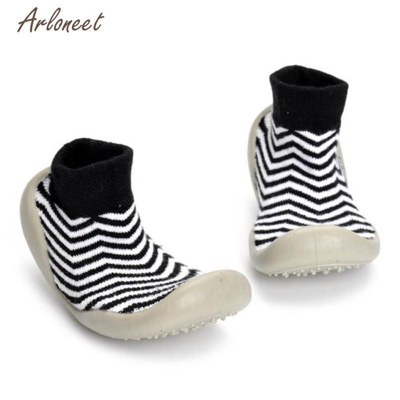 TELOTUNY Black Color First Walkers Lovely Girl Boy Stripe Soft Socks Shoes Indoor School Sneakers 2017 drop shipped ST26