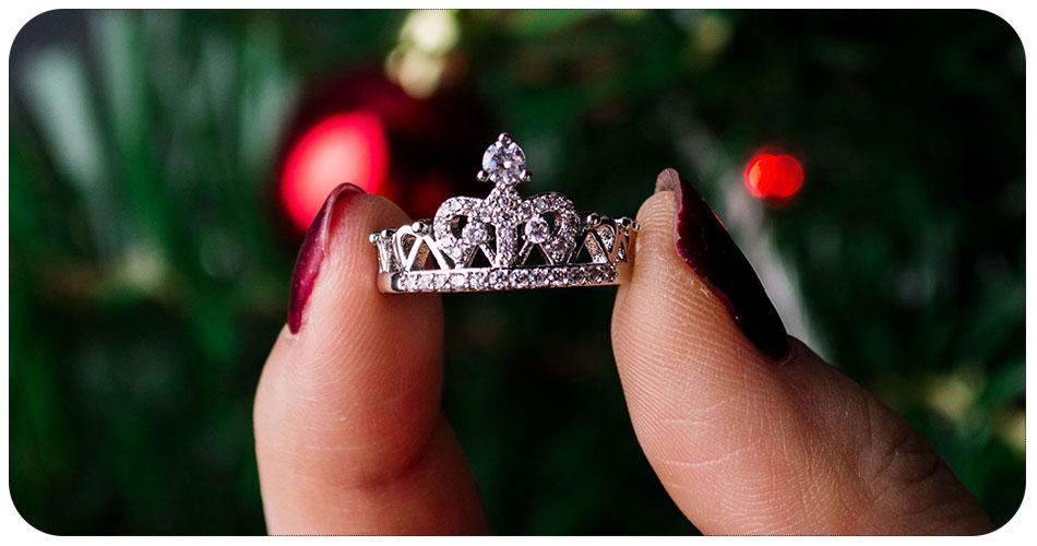 Bague couronne en plaqué argent 950/1000 portée
