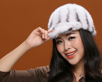 Real mink fur baseball Caps for women autumn winter gray red black solid color full pelt warm hats 54 58cm head warmer H104
