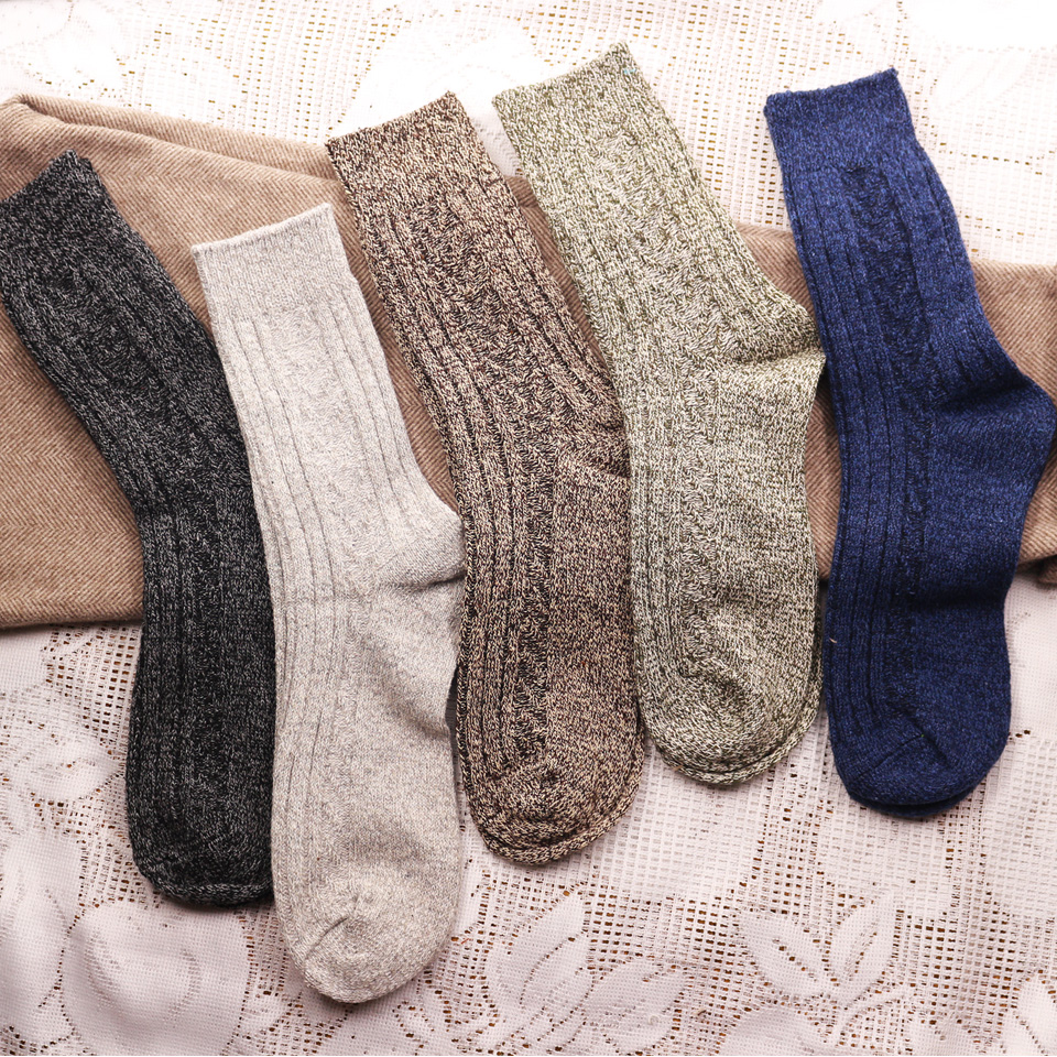 Winter New Men's Thick Warm High Quality Harajuku Retro Fashion Wool Socks Solid Color Men's Business Casual Cotton Socks Cheap