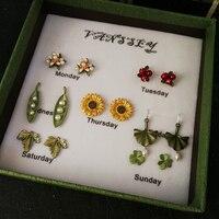 Vanssey Vintage Flower Leaf Natural Freshwater Pearl Green Coating Stud Earrings Set Wedding Accessories Women For 2018 New