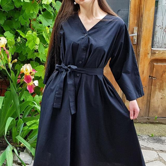 Colorfaith New 2021 Women Dresses Spring Summer Cotton and Linen Elegant Pleated Long White Dresses V Neck Lace Up Bow DR1086 5