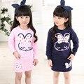2016 Primavera ropa de los niños niñas minnie mouse ropa tops Camisetas + falda traje de conejo de Dibujos Animados bebé niños 2 unids