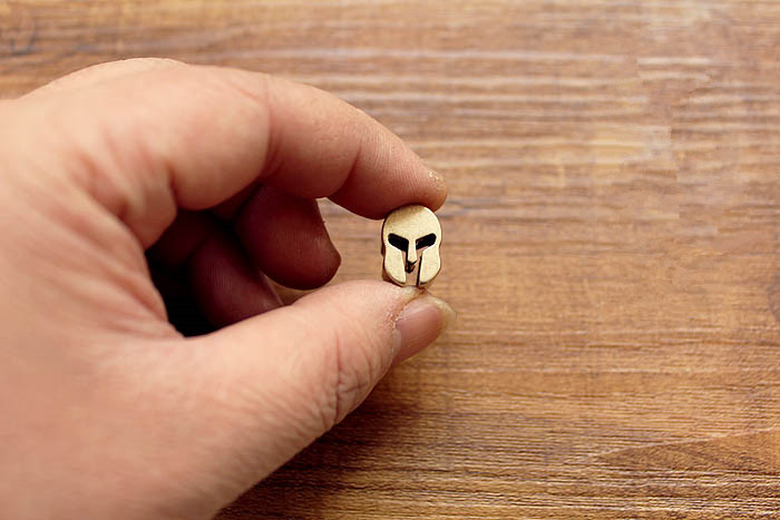 Sparta Helmet Brass Knife Beads Parachute Cord Knife Bead Lanyard Bead Skull KeyChain DIY Free Shipping EDC Tools Paracord Beads