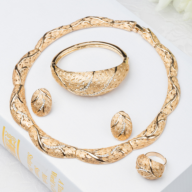 2015 Fashion Dubai Gold Jewelry 18k Gold Plated Jewelry Set