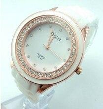 Лидер продаж Силиконовые часы Для женщин Дамская мода кристалл платье Кварцевые наручные часы женский часы M-046