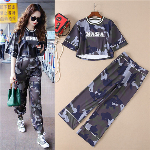 high quality 2018 summer camouflage loose tops and long straight pants two piece runway sets famous brand bloues trousers sets