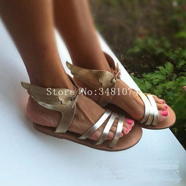 2018 verano moda gladiador plano con alas sólidas ocio mujeres sandalias moda más caliente dos colores oro Aad negro sandalias-in Sandalias de mujer from zapatos    2