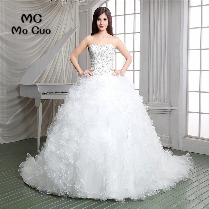 2017 New Ball Ruffles Wedding Dresses Crystals Strapless Robe De Mariage Vestido De Noiva Sweep Train Wedding Dress
