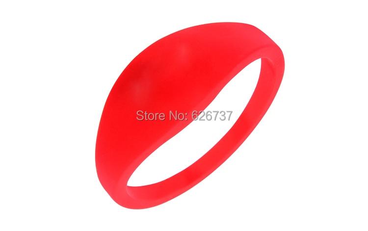 Silicone wristband-8