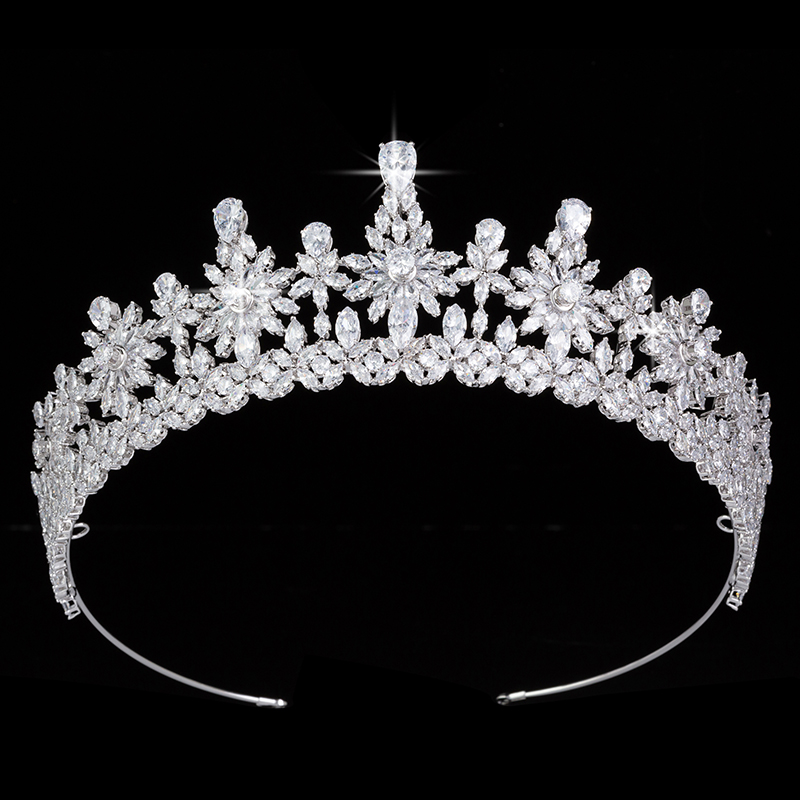 Tiaras And Crowns HADIYANA Fashion Charm Design Elegant Accessiories Hair Jewelry For Women Wedding Party BC5308 Corona Princesa