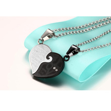2pcs/lots Heart Necklace Pendant Set His & Hers Couple Jewelry Stainless Steel Best Friend Jewelry