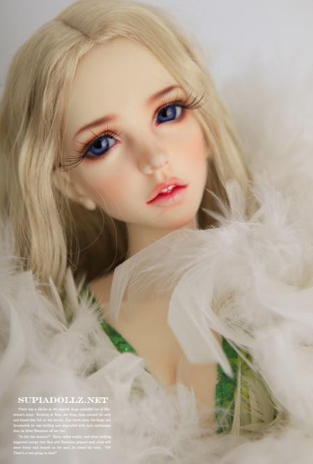 free shipping! face makeup& eyes included ! Supiadoll Ariel top quality 1/3 bjd sexy female girl doll sd soom dod manikin gift